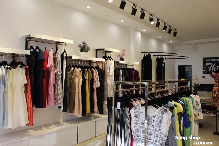 Sang shop hoặc mặt bằng shop decor cao cấp