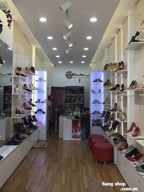 Sang shop giầy dép Quận 3