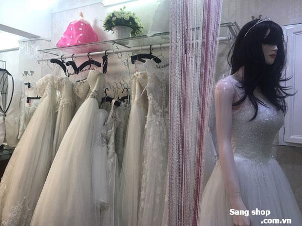Sang shop áo cưới số 008 Lô B Chung Cư Ngô Quyền