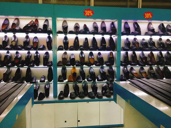 Sang shop Giày Dép Da đang kinh doanh ổn định