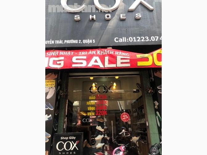 Sang Shop Giày Thể thao hoạt động 3 năm