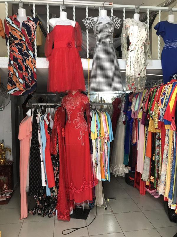 Sang shop thời trang Áo dài - Váy đầm nữ Quận 7