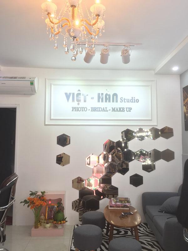 Cần sang nhượng Studio áo cưới  461 Vườn Lài