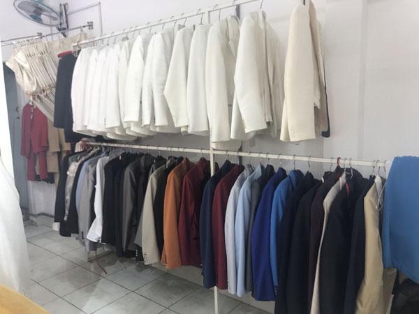 cần sang nhượng lại tiệm áo cưới đường Gò Dầu