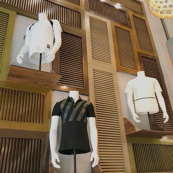 Sang shop thời trang mặt tiền Trần Quang Diệu Quận 3.