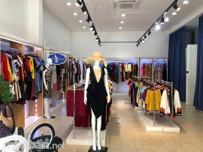 Cần Sang Shop Thời Trang Khu Vực Sầm Uất & Đắt Địa