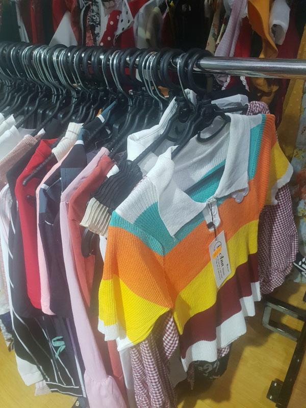 Sang shop quần áo ngay khu sinh viên gần Đại Học Bình Dương