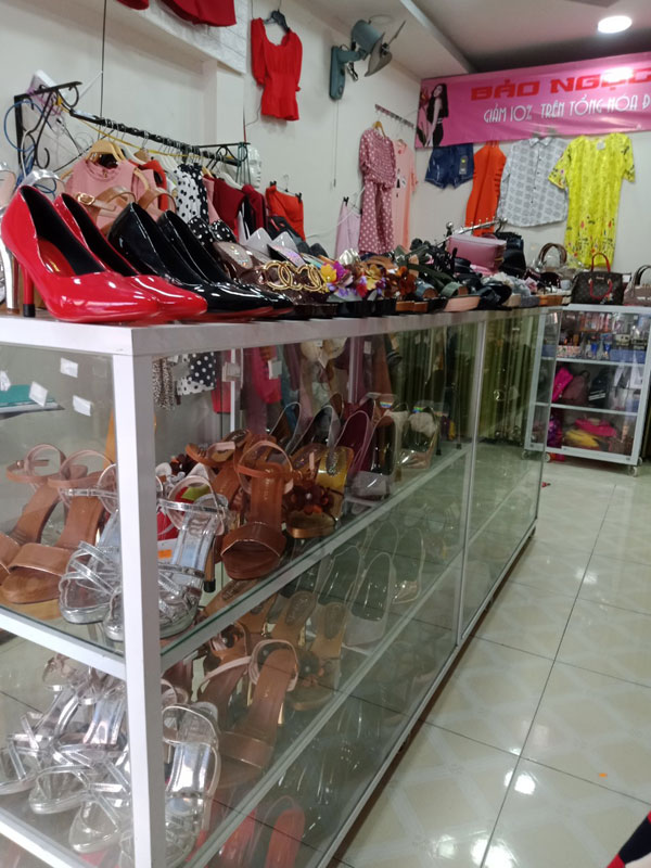 Sang shop thời trang trẻ, túi xách, giầy dép, mỹ phẩm, phụ kiện