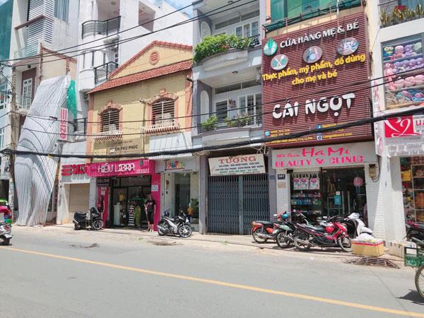 Sang lại shop mặt tiềnHuỳnh Văn Bánh