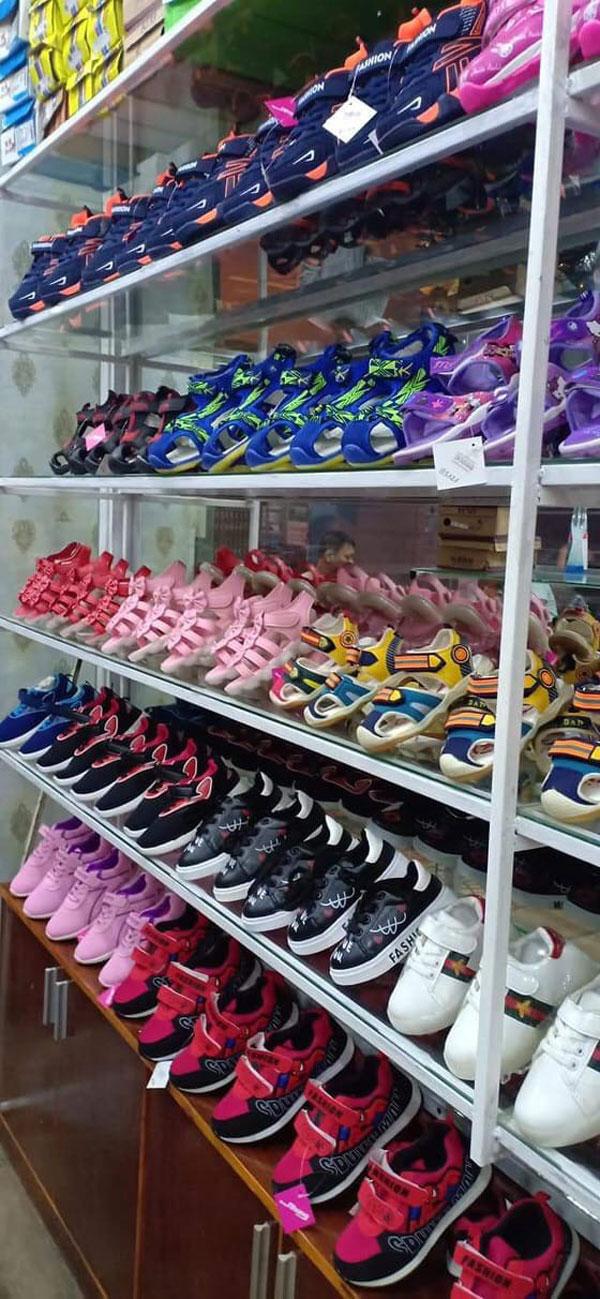 Sang gấp shop giày dép thể thao nam nữ - giày dép..