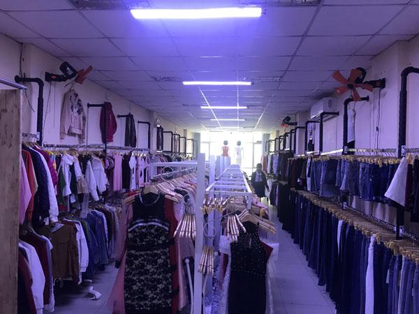 Sang shop thời trang Nam - Nữ đã hoặt động lâu năm