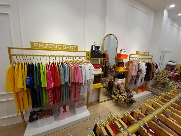 Mình sang shop thời trang mới mở, thiết kế đẹp