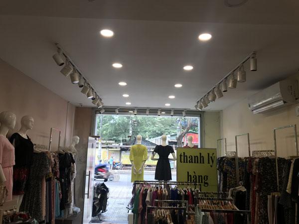 Sang mặt bằng kinh doanh shop thời trang mặt tiền