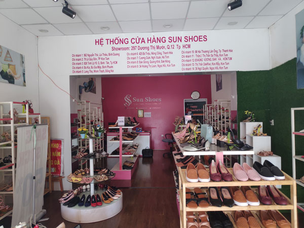Sang mặt bằng hoặc sang shop giày thời trang