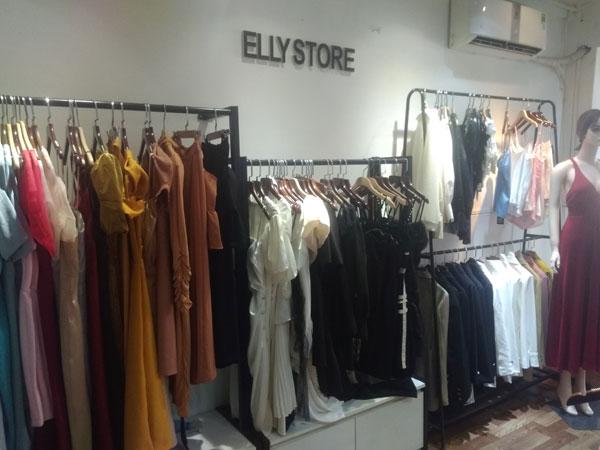 Sang shop thời trang nữ khu trung tâm