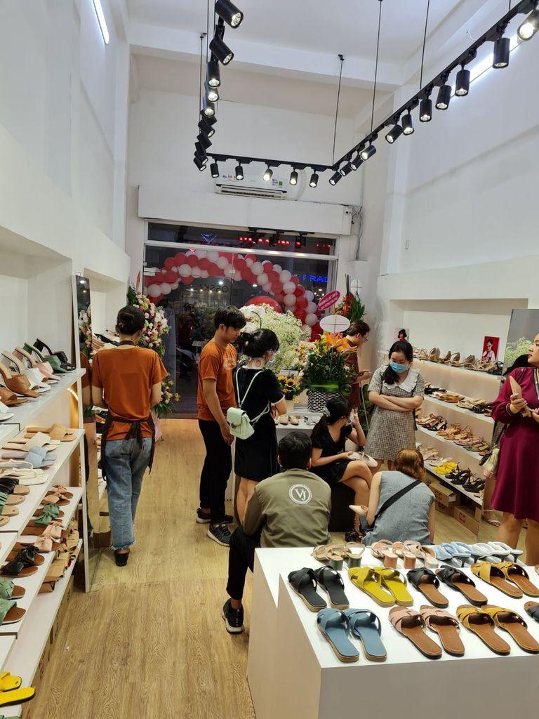Sang Shop mặt tiền Quang Trung,2 lầu, 4 phòng ngủ