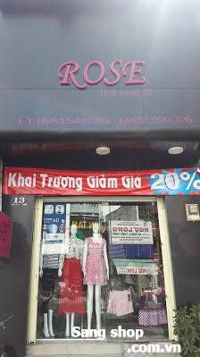 Cần sang gấp shop quần áo thời trang