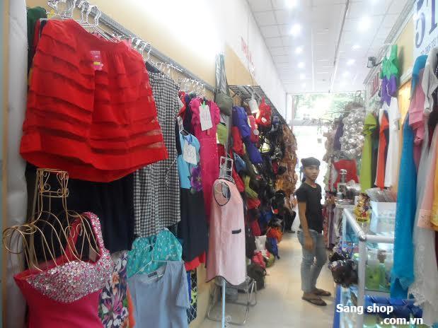 Cần sang Kiot quần áo nữ SaiGon Square quận 1