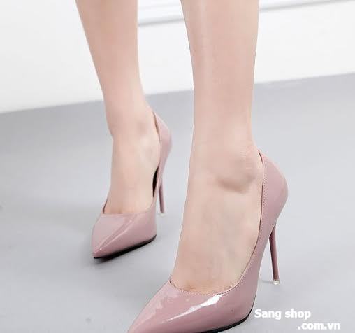 Cần sang lại gấp shop giày Quảng Châu giá vốn.
