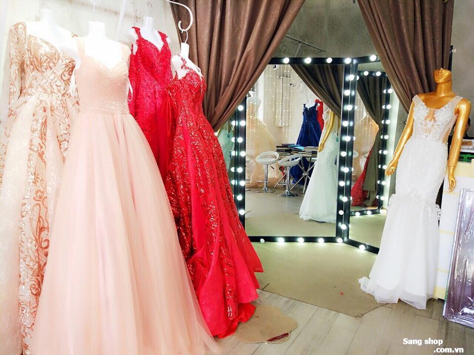 cần sang lại mặt bằng showroom áo cưới