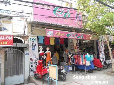 cần sang lại shop thời trang số 77 Mai Văn Vĩnh, P. Tân Quy , Quận 7