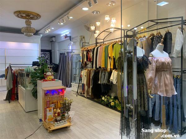 Cần sang lại toàn bộ mặt bằng và nội thất Shop