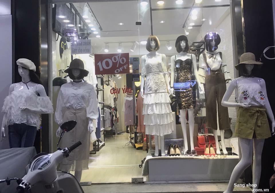 Cần sang mặt bằng Shop Nữ Thời Trang , MT Nguyễn Trãi , Q.5 .