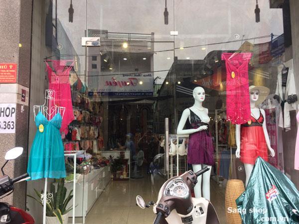 Cần sang mặt bằng Shop thời trang mặt tiền quận 7