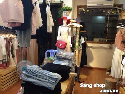 Cần Sang nhượng mặt bằng đang kinh doanh shop quần áo