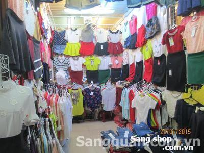 Cần sang sạp bán quần áo nử chợ Phạm Văn Hai