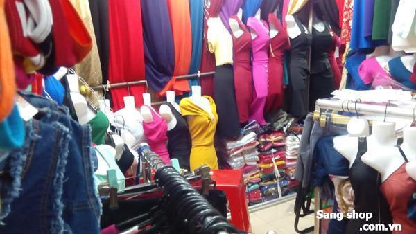 Cần sang sạp Shop thời trang