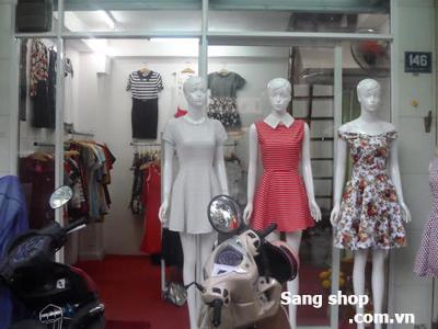 Cần sang Shop đường Nguyễn Thái Bình quận Tân Bình