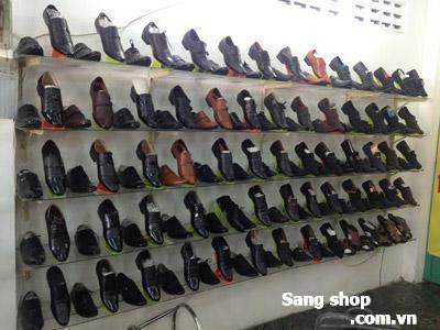 Cần sang shop giày đang hoạt động