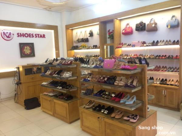 Cần sang shop giày và túi xách đường Phan Văn Hân