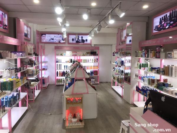 Cần sang shop mỹ phẩm 308 Nguyễn Thượng Hiền, P.4, quận 3