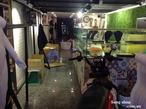 Cần sang shop quần áo đường Nguyễn Trãi
