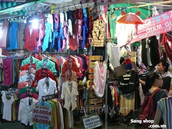 Cần sang shop quần áo tại chợ đêm Hạnh Thông Tây