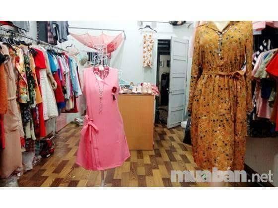 Cần sang shop thời trang nữ gần ngã tư 550