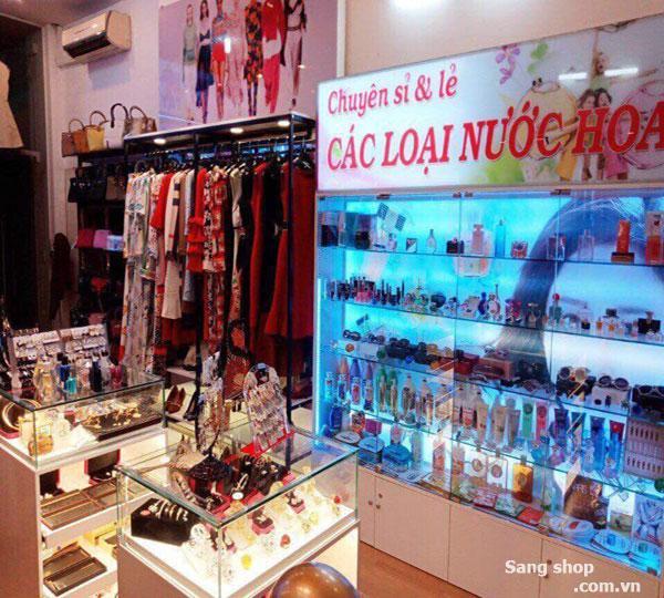 Cần sang shop Thời Trang trung tâm quận Tân Phú