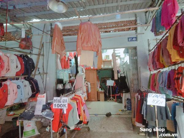 Cần sang shop Trong Chợ Việt Lập Dĩ An