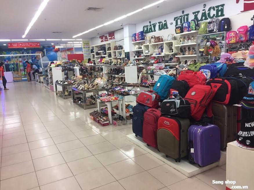 Cho thuê 1/2 mặt bằng shop siêu thị Sai Gòn