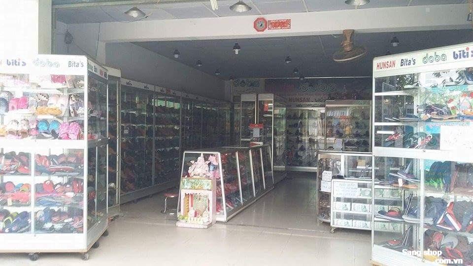 Hệ thống cửa hàng DOBA + BiTi's sang bớt chi nhánh ở gần chợ Hóc Môn đường Lê Thị Hà.