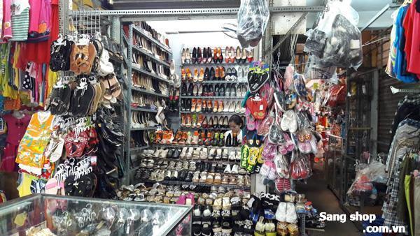 Sang lại Giầy dép thời trang tại chợ Tân Trụ