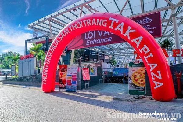 Sang 1 shop Kiot bán hàng ở Taka plaza