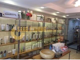 Sang cửa hàng mỹ phẩm hữu cơ và hàng handmade