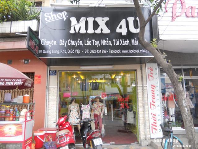 Sang cửa hàng thời trang nữ mặt tiền Quang Trung