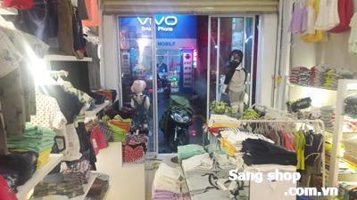 Sang gấp đồ shop thời trang trẻ em đường Tân Kỳ Tân Quý