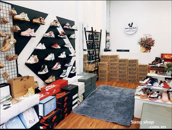 Sang gấp Shop Giày Thể Thao tâm huyết