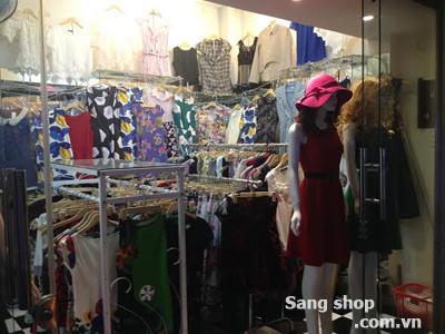 Sang lại shop quần áo thời trang đường Nguyễn Thái Bình