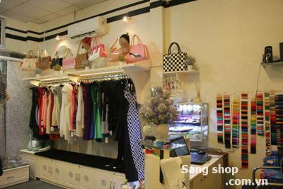 Sang lại Shop thời trang đường Tôn Đản